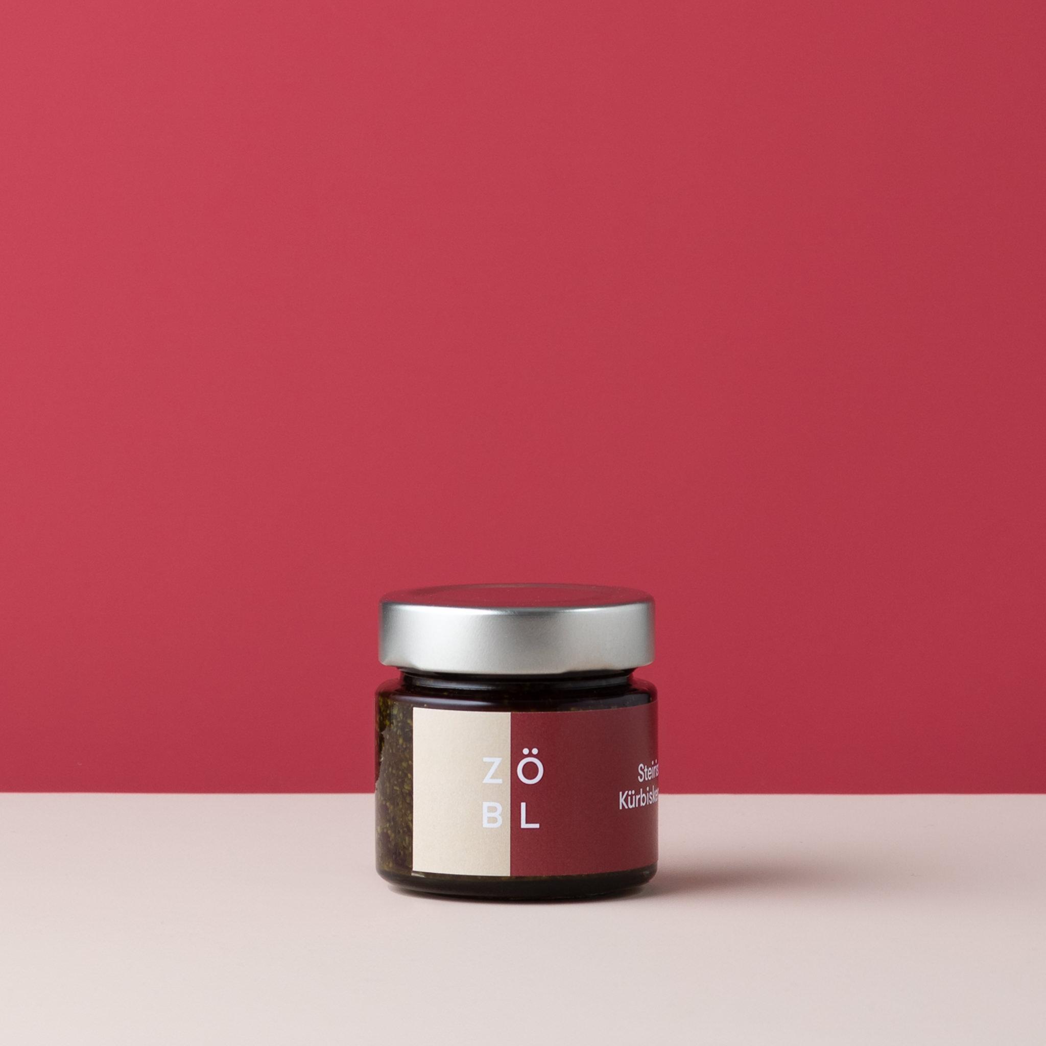 Zöbl Kernöl Produktfotografie-3